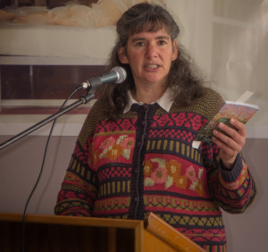 Frances Cincotta launching Mosses of dry forests...: 'Mosses are no longer in the too hard basket: they're in the heavy basket with all the other flora guides where they belong.'