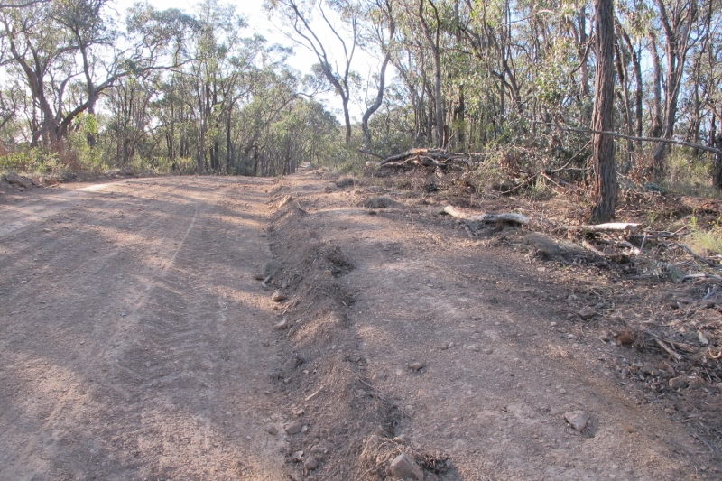 On Fryers Ridge: for long sections vegetation off the edges of the roadway has been obliterated over hundreds of metres