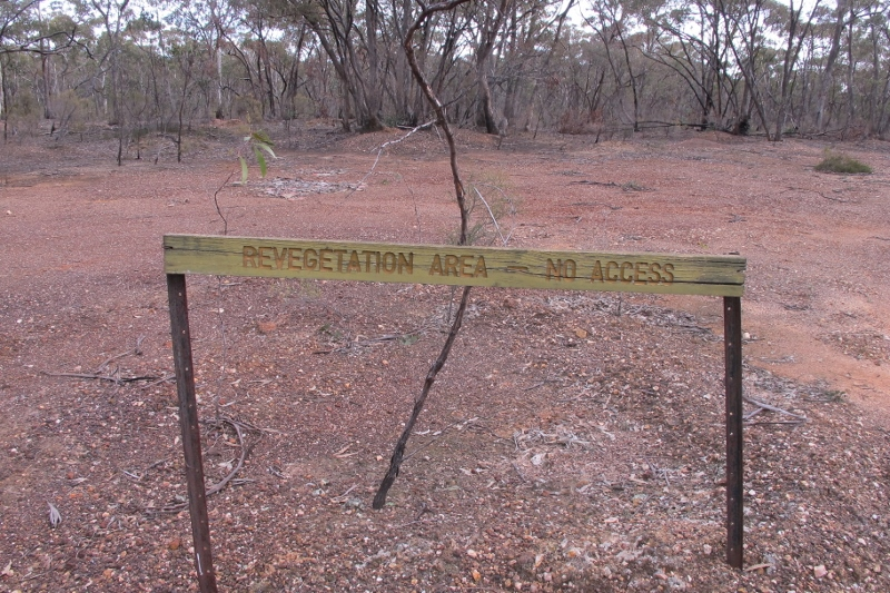 Near Perkins reef in the Maldon Historic Reserve. The sign speaks volumes about the under resourcing of public land management in Victoria.
